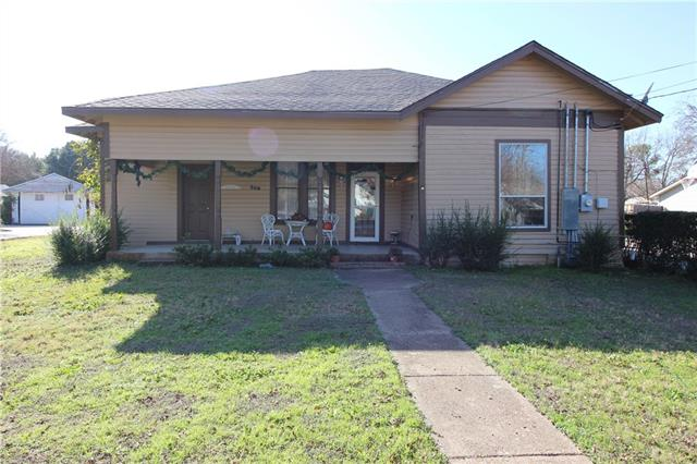 Photo of 309 N Pendell Avenue  Cleburne  TX