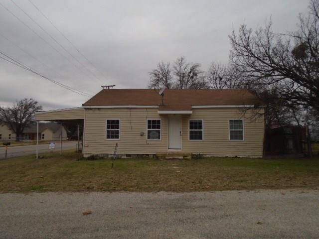 Photo of 101 N Hubbard Street  Alvord  TX