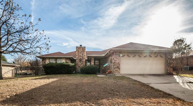 Photo of 204 Timber Ridge Drive  Burleson  TX