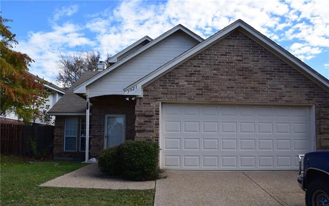 Photo of 7921 Hulen Park Circle  Fort Worth  TX