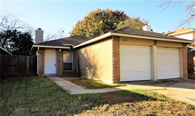 Photo of 6707 Poppy Court  Fort Worth  TX