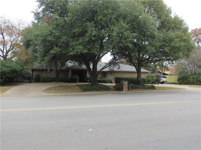 Photo of 4808 South Drive W  Fort Worth  TX