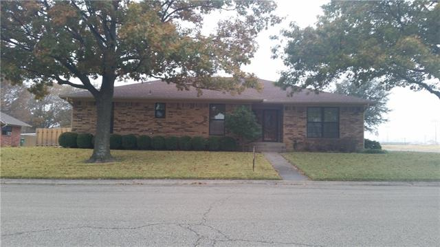 Photo of 621 N Sycamore Street  Muenster  TX