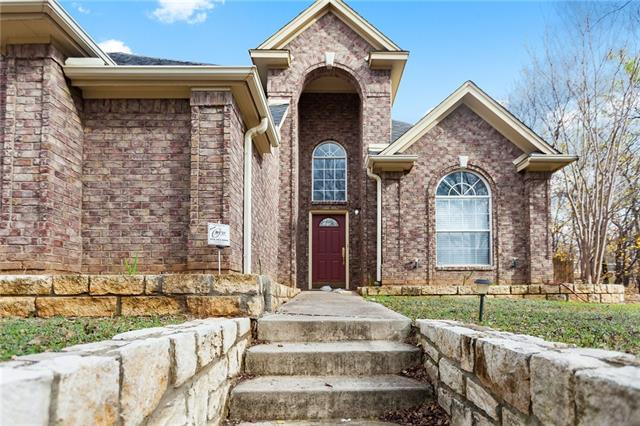 Photo of 841 Sylvan Drive  Fort Worth  TX