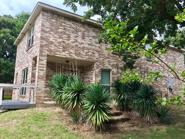Photo of 222 Knights Circle  Streetman  TX