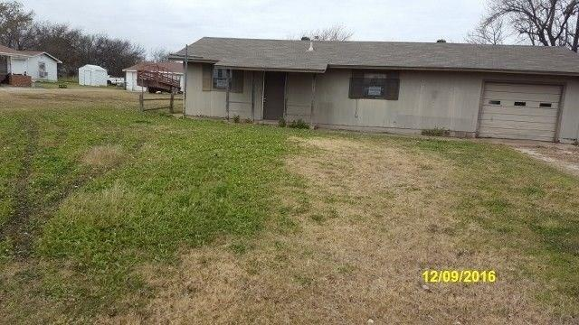 Photo of 407 Lakeview Drive  Byers  TX