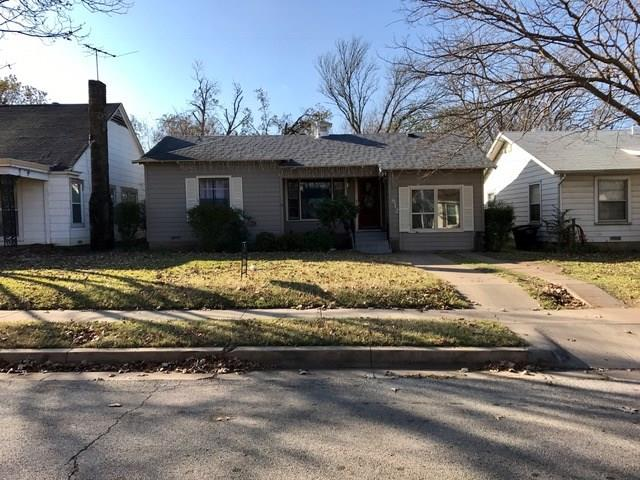 Photo of 812 S Haynes Avenue  Fort Worth  TX