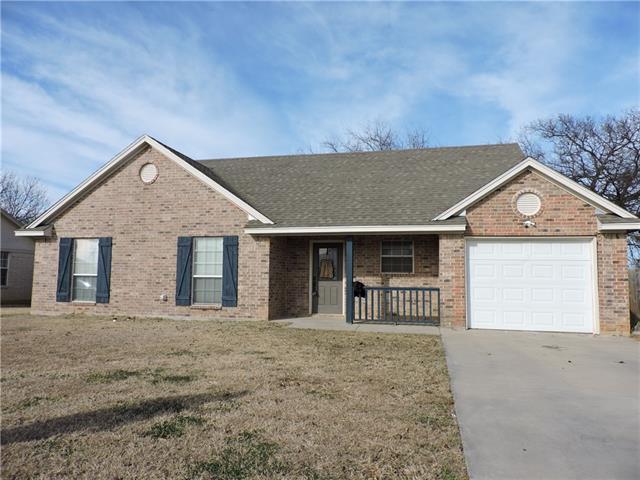 1009 Wootton Ave, Bridgeport, TX 76426
