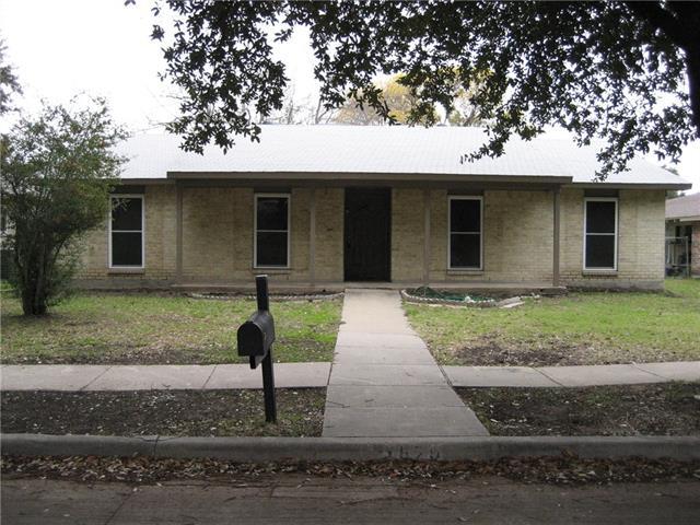Photo of 1820 Addington Drive  Carrollton  TX