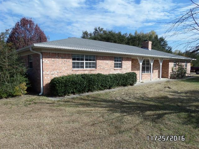 Photo of 101 Pleasant Valley Lane  Weatherford  TX