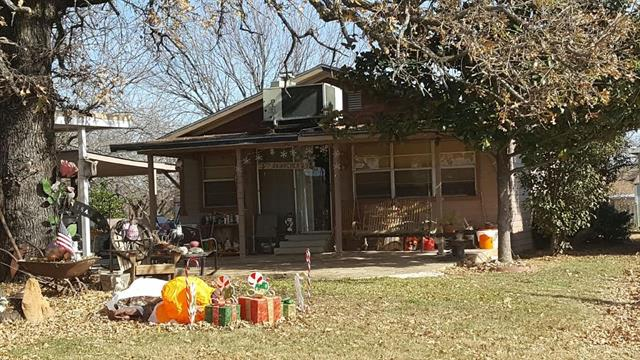Photo of 4306 White Settlement Road  Weatherford  TX