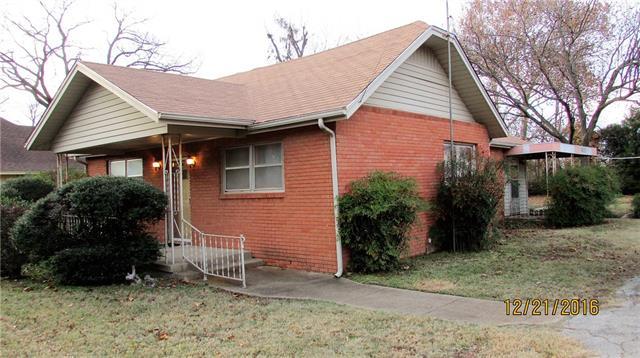 Photo of 608 Creechville Road  Ennis  TX