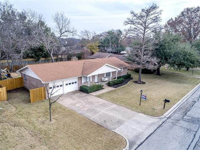 Photo of 406 Paula Road  McKinney  TX