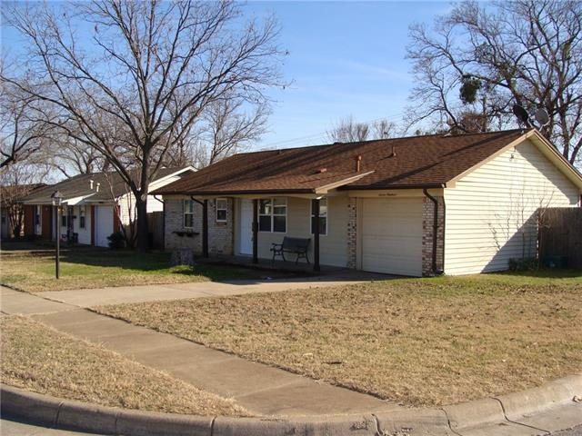 Photo of 700 E Mission Street  Crowley  TX