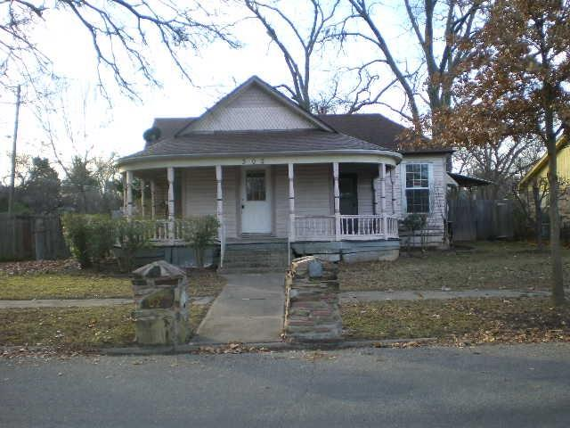Photo of 302 W Tennessee Street  Sherman  TX