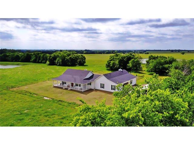 3030 Farm Road 2122, Roxton, TX 75477