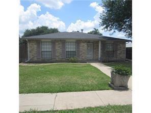 Photo of 853 Pinehill Lane  Grand Prairie  TX