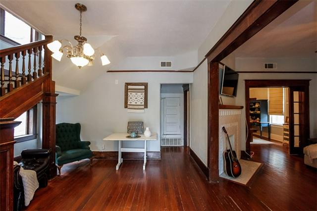 Photo of 1815 College Avenue  Fort Worth  TX
