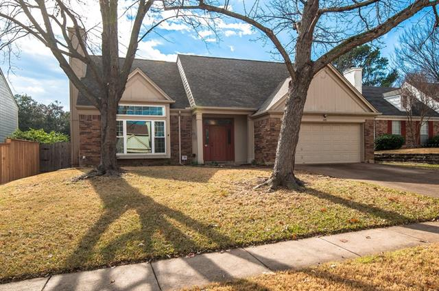 Photo of 509 Chasewood Drive  Grapevine  TX