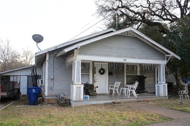 Photo of 706 Avenue G  Brownwood  TX