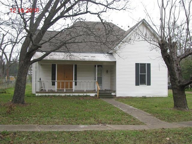 Photo of 605 E 13th Street  Kemp  TX