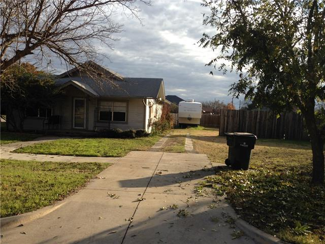 Photo of 402 S 2nd Street  Sanger  TX