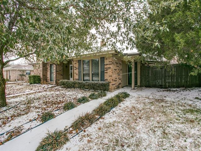 Photo of 707 Boyd Drive  Grapevine  TX