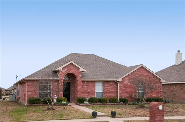 Photo of 118 Forest Park Lane  Red Oak  TX
