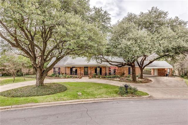 Photo of 13319 Meadowside Drive  Dallas  TX