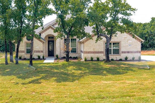 Photo of 257 Sugartree Circle  Lipan  TX