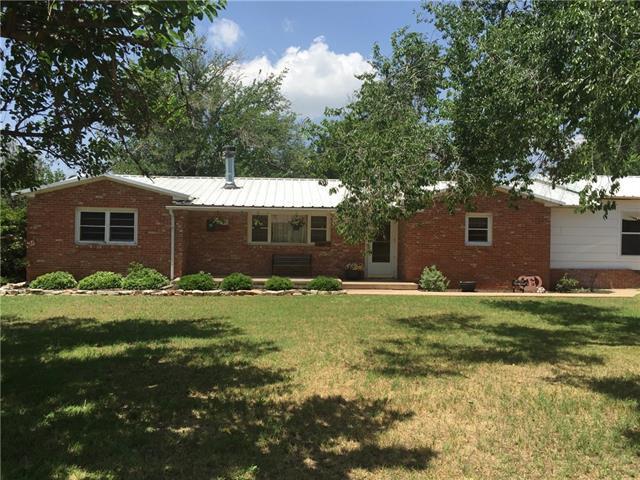 Photo of 610 Goodall Street  Jayton  TX