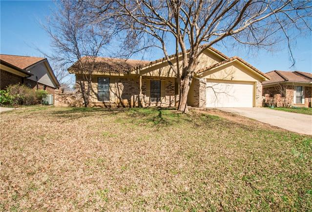 Photo of 215 Lemon Drive  Arlington  TX