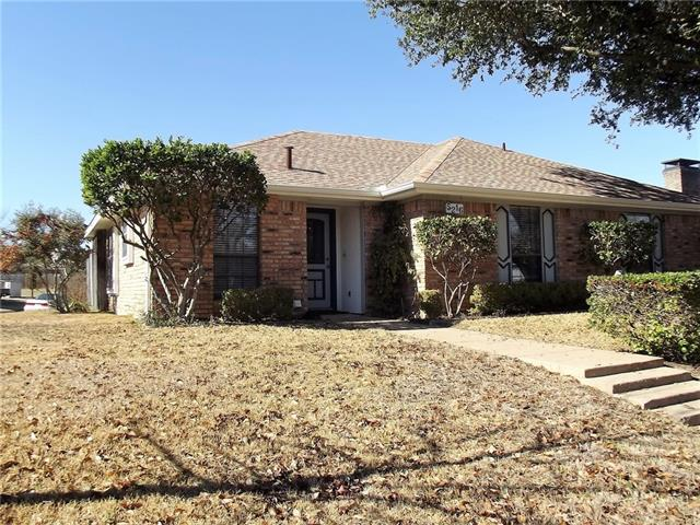 Photo of 5216 Stagetrail Drive  Arlington  TX
