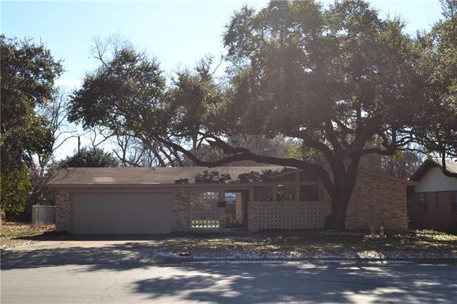 Photo of 1610 W Tucker Boulevard  Arlington  TX