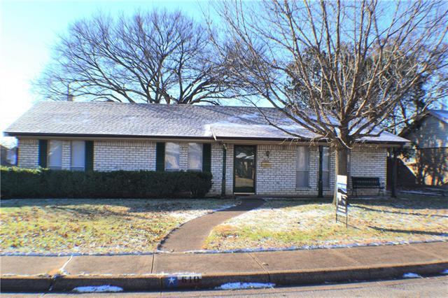 Photo of 610 W Ridge Drive  Duncanville  TX