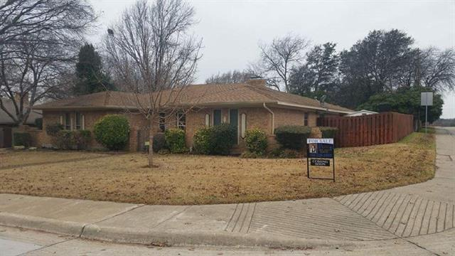 Photo of 327 Roma Drive  Duncanville  TX