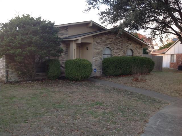 Photo of 9619 Sophora Circle  Dallas  TX