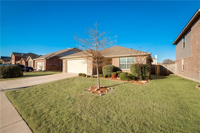 Photo of 10536 Winding Passage Way  Fort Worth  TX
