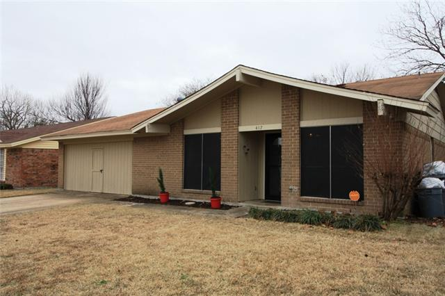 Photo of 417 Woodcrest Way  Forney  TX