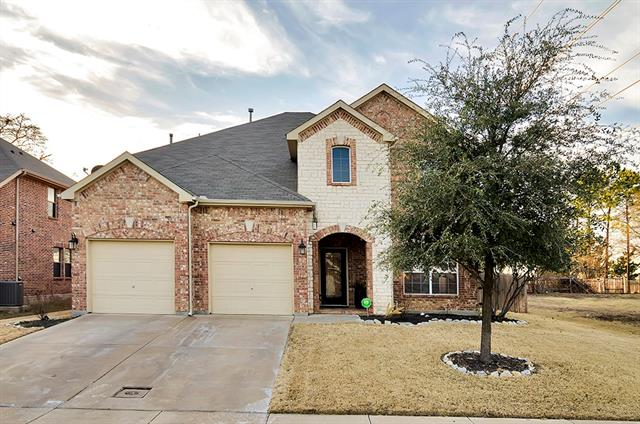 Photo of 15637 Gatehouse Drive  Fort Worth  TX