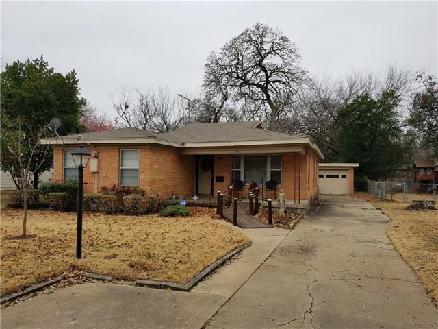 Photo of 507 Winters Street  River Oaks  TX