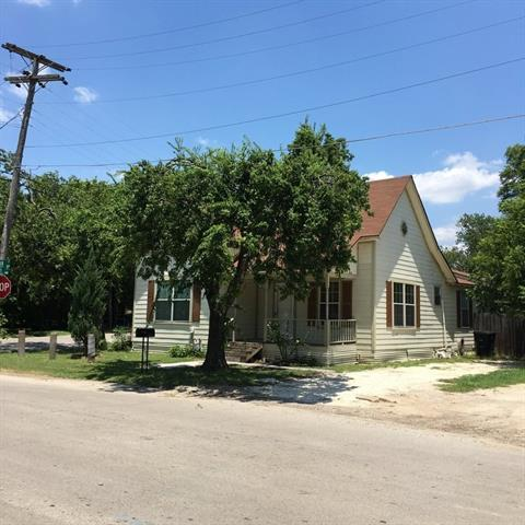 Photo of 1118 Trinity Street  Cleburne  TX