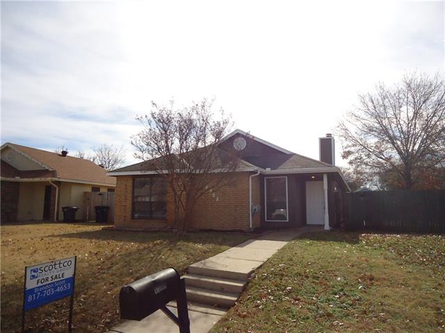 Photo of 4708 Wineberry Drive  Fort Worth  TX