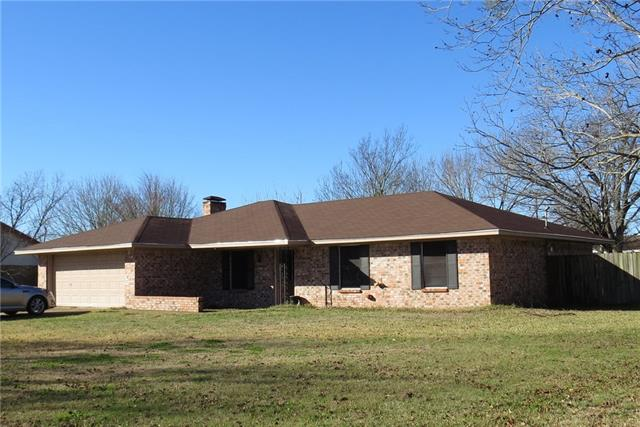 Photo of 406 Chumney Drive  Teague  TX