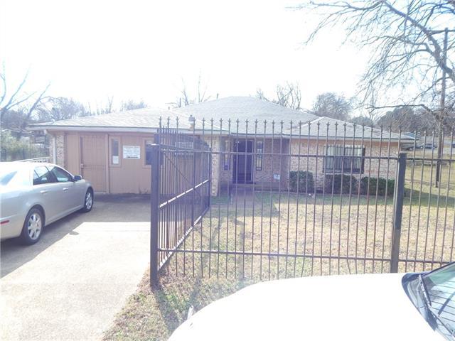 Photo of 2712 Lyola Street  Dallas  TX