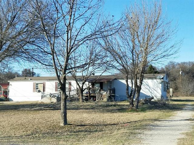 Photo of 921 Sanders Road  Cleburne  TX
