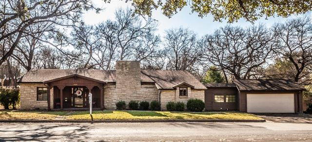 Photo of 2020 Yucca Avenue  Fort Worth  TX