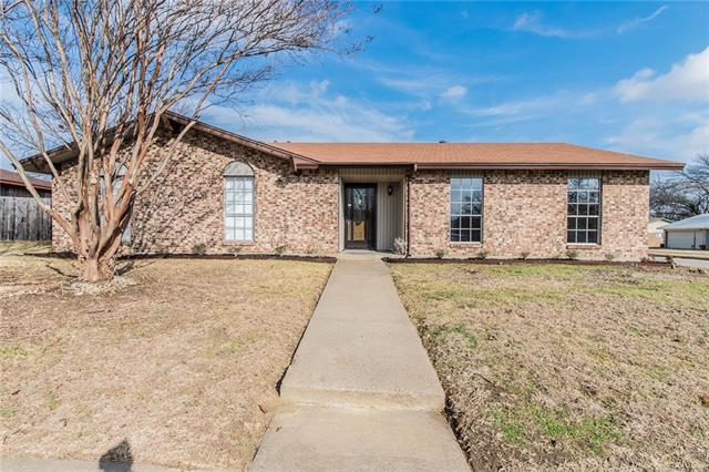 Photo of 1011 Whippoorwill Court  Arlington  TX