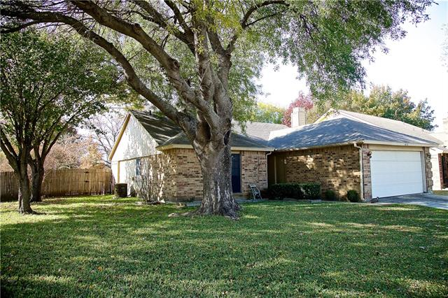 Photo of 4276 Staghorn Circle N  Fort Worth  TX