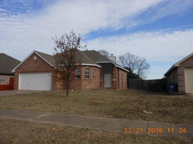 Photo of 512 Hampton Court  Seagoville  TX